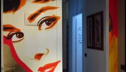 decorazione parete appartamento privato